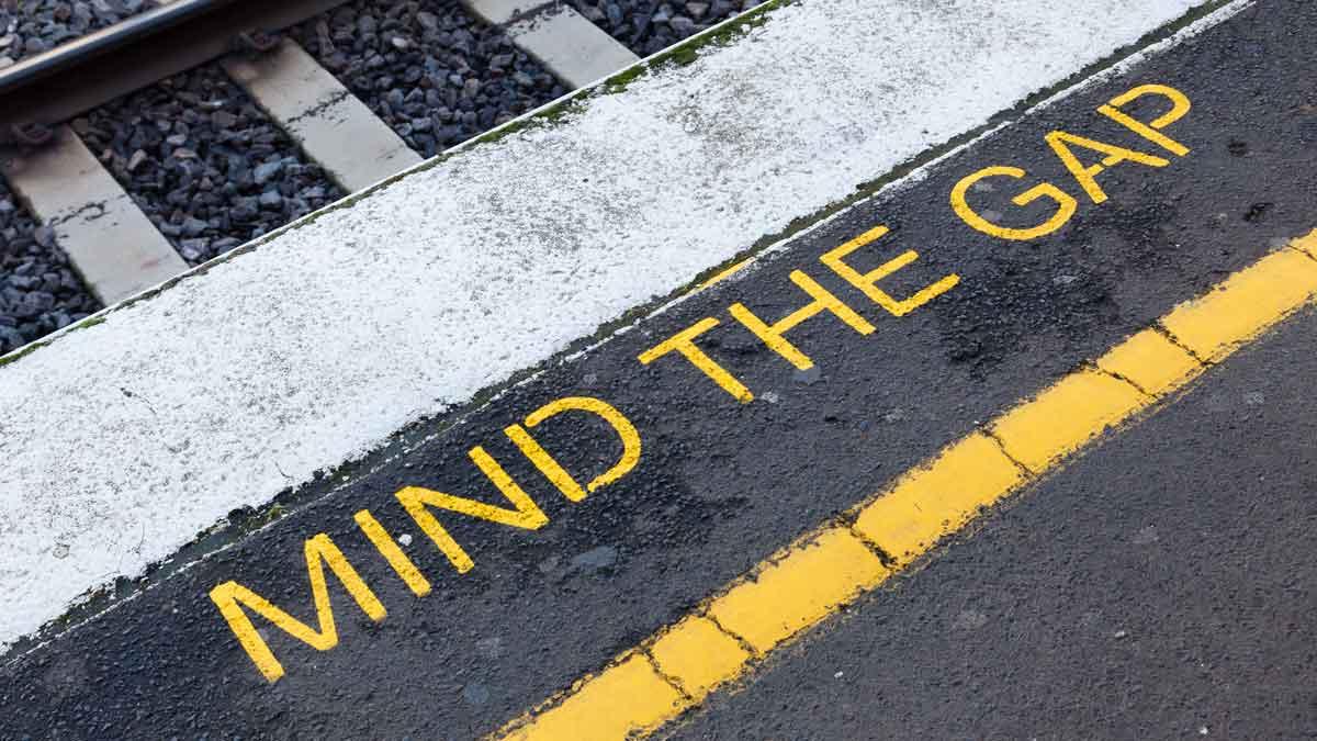 102 Mind the Gap 1