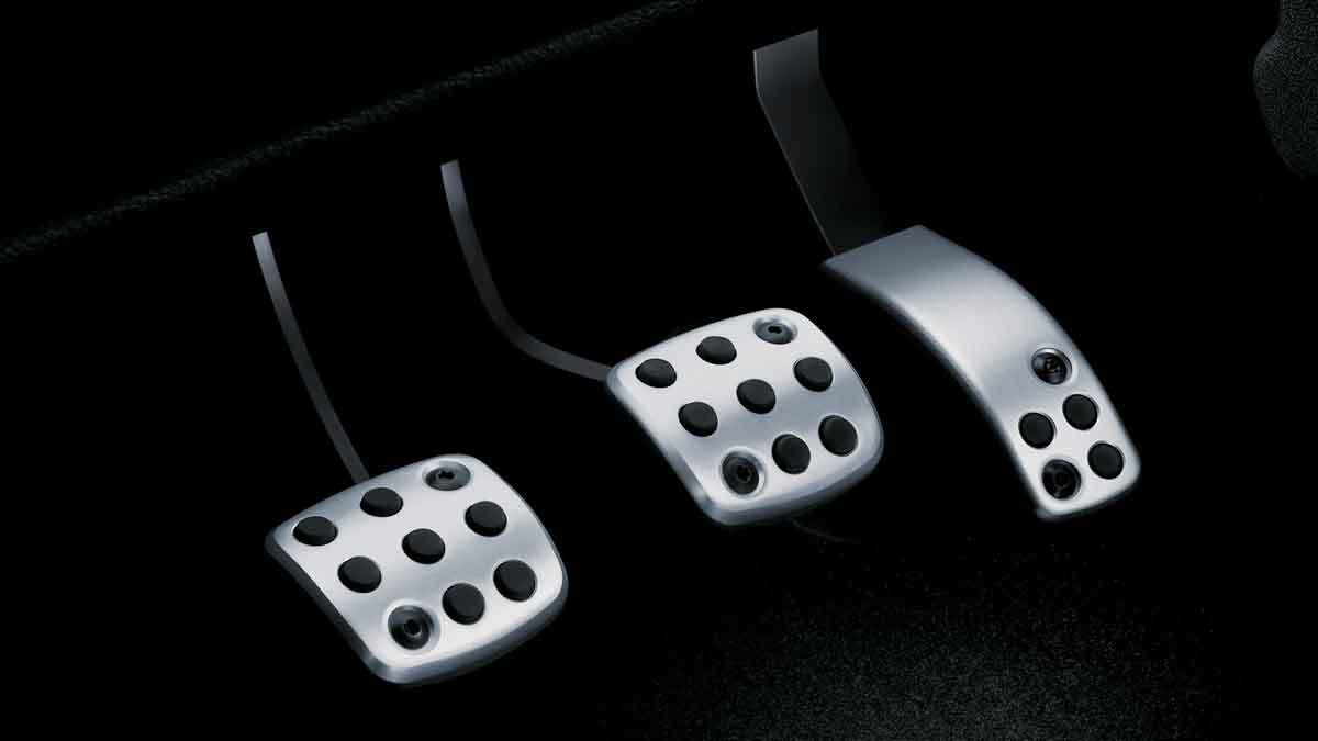 318-Which-pedal